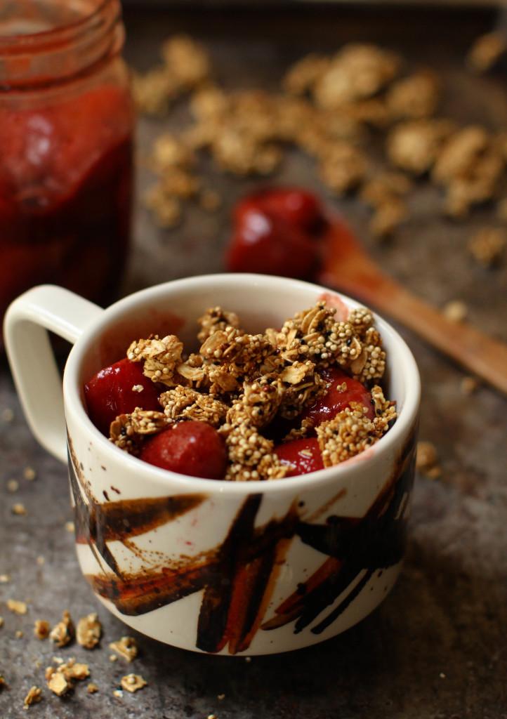 Balsamic Strawberry Banana Quinoa Crunch Bowl