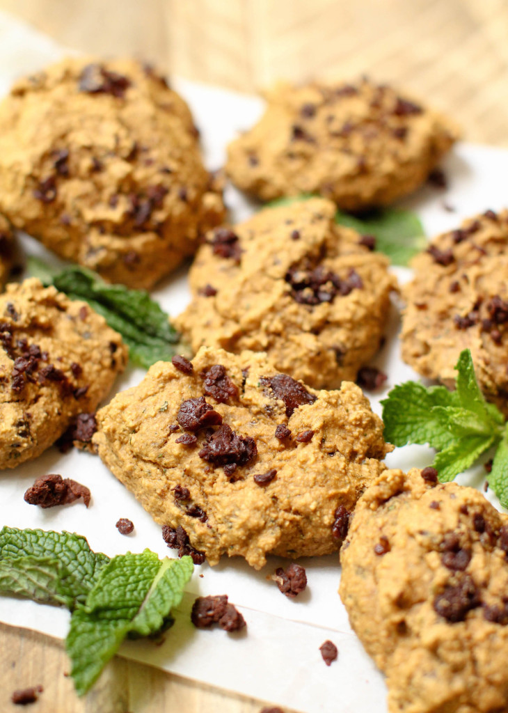 Mint Chocolate Chip Cookies (HCLF + GF) - FeastingonFruit.com