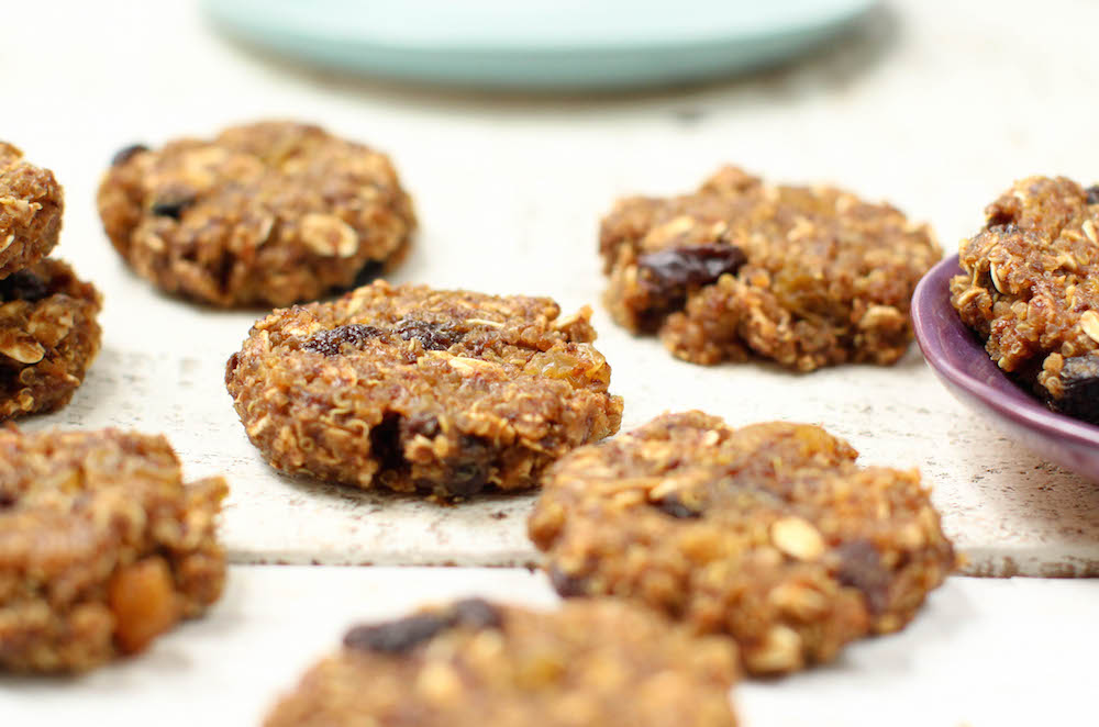 Quinoa Oatmeal Raisin Cookies - FeastingonFruit.com