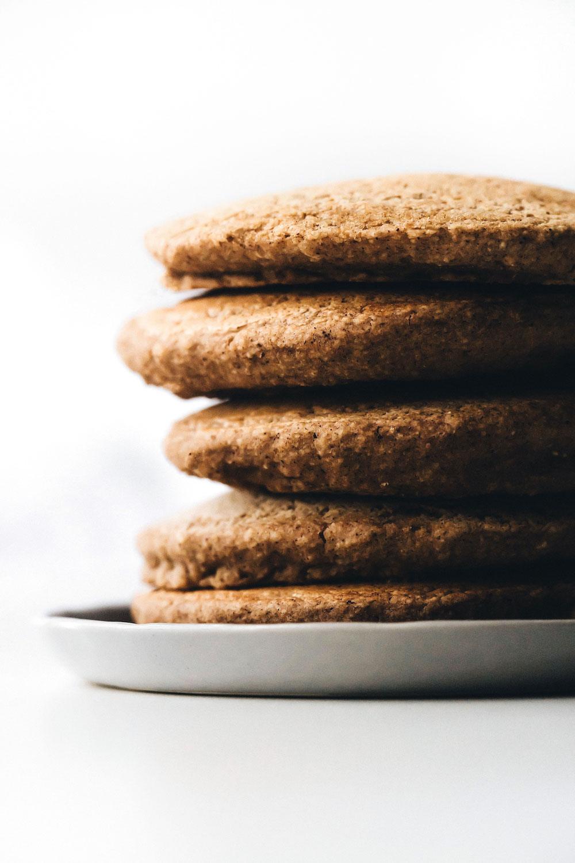 Fluffy Vegan Pancakes (no banana!)