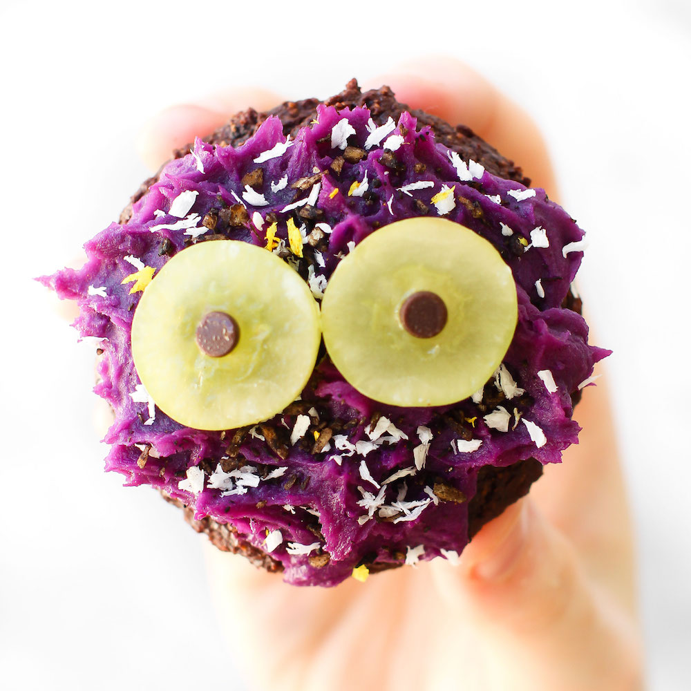 Vegan Halloween Cupcake Monsters {gluten-free, oil-free, naturally colored}