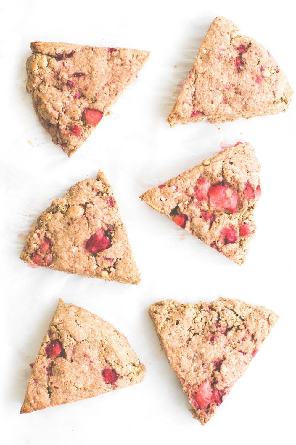 Strawberry Oat Flour Scones {vegan, gluten-free, oil-free}