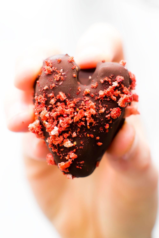 Strawberry Sweet Heart Truffles