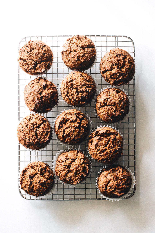 Chocolate-Filled Pumpkin Cupcakes