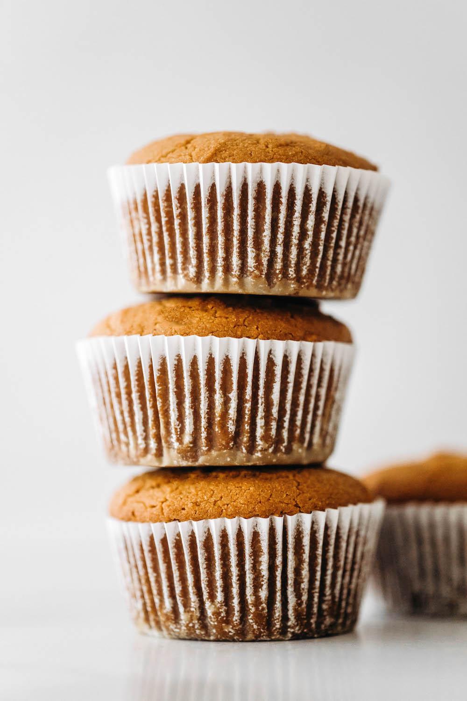 Vegan Paleo Vanilla Cupcakes